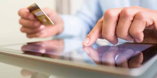Переоформление кредитной карты на третье лицо