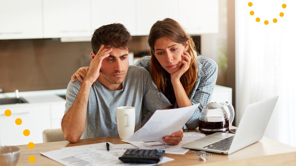 Как банкротство влияет на должника и его семью